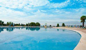 castell montgri panorama zwembad